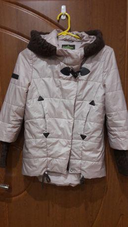 Курточка весна-осінь на дівчинку