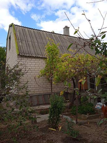 Дачный дом и пять соток у Хаджиьевского лимана