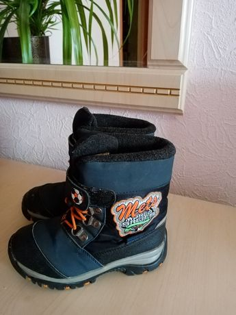 Тёплый зимние сапоги на овчине, сапожки, ботинки, чоботы. Размер 29см