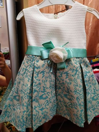 Продам платье на годик, размер 74