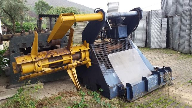 Desenrolador Motorizado para bobines de aço
