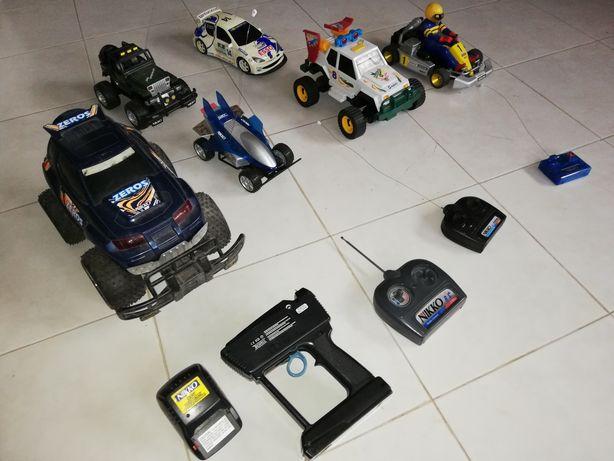 Lote de carros telecomandados - Vendo ou troco