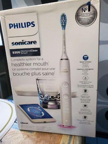 Эл. зубная щетка Philips Sonicare DiamondClean Smart c APP HX9903