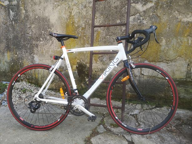 Rower szosowy (kolarzówka) Vuelta Viking VN180