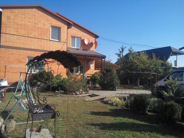 2 дома на участке 7,5 соток, ул. Зинченка.