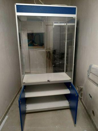 Продам торговое оборудование шкафы-витрины из алюминия,стекла и дсп