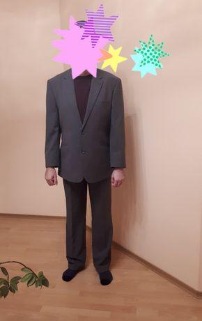 Продам мужской костюм.