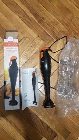 Blender  Ricco HB1