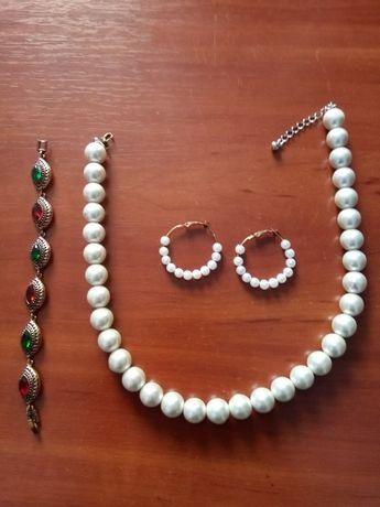 Бижутерия, браслет и комплект колье с серёжками жемчуг