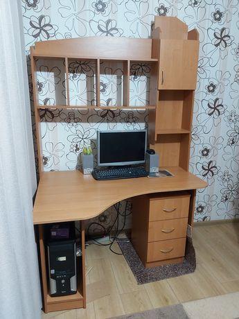 Срочно продам компьютерный/письменный стол