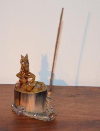 Suporte de Incenso em stick – Vertical - Artesanal – Bambu – Bruxo