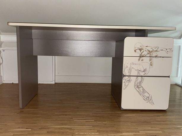 Zestaw mebli młodzieżowych VOX - łóżko, komoda, wisząca półka