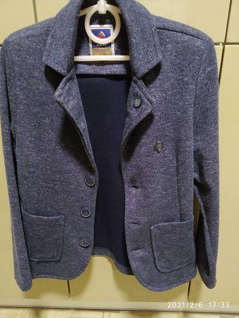 Трикотажный детский пиджак на мальчика