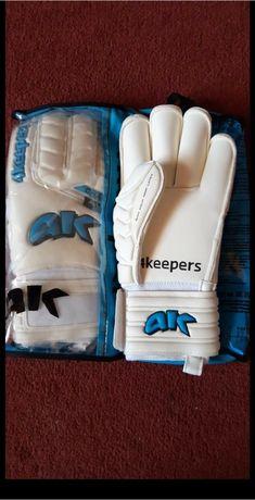 Rękawice bramkarskie 4keepers Champ aqua roll Finger r.8,5