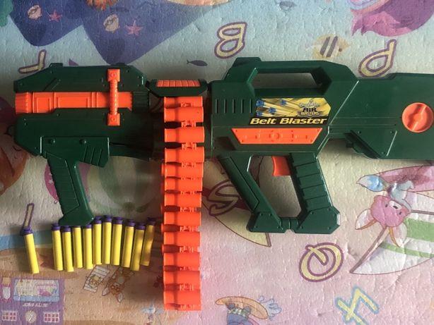 Автомат, пулемет с обоймой