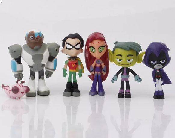 6 pcs Teen Titans mini (Portes Incluidos)
