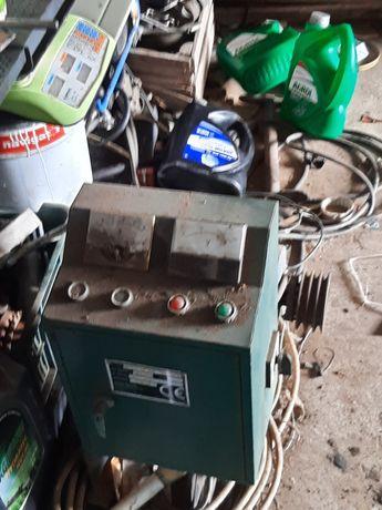 Silnik 11 kw 2800 obrotów zamienię na obciążniki john deere 2850