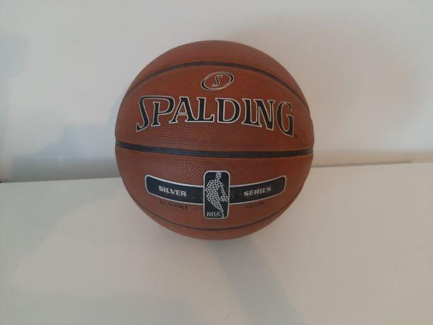 Spalding NBA silver series - outdoor