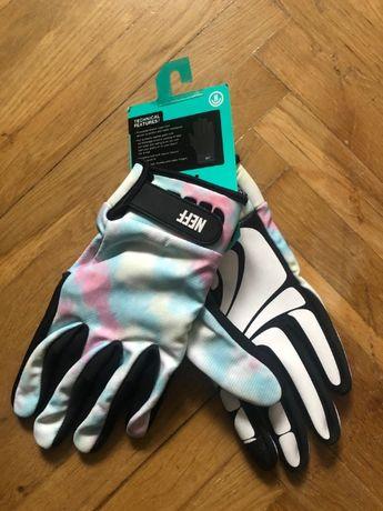 Перчатки NEFF
