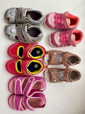 Продам весняне і літнє взуття для дівчинки 24 р і 25 р