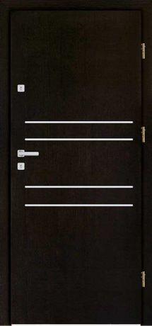 WEWNĄTRZKLATKOWE drzwi zewnętrzne-wejściowe do mieszkań z montażem