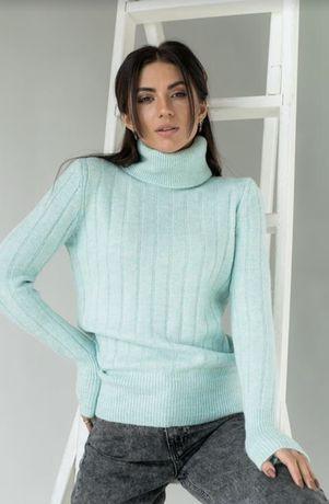 Мятный свитер новый