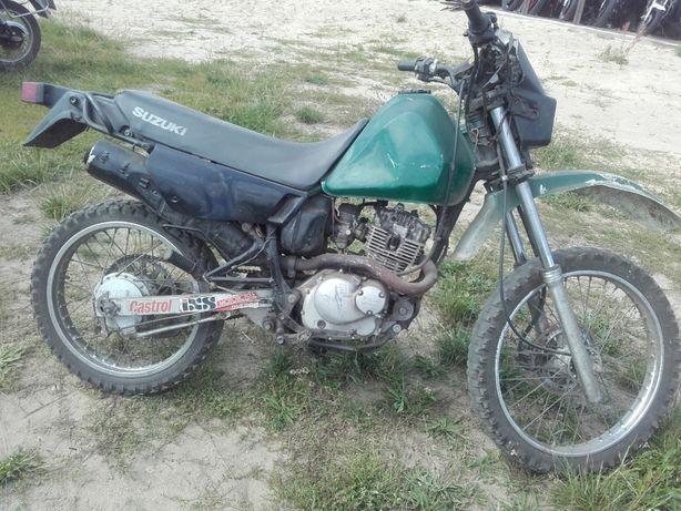 Suzuki dr125 dr 125 tu gn 125 lagi moduł bak lagi koło gaźnik części