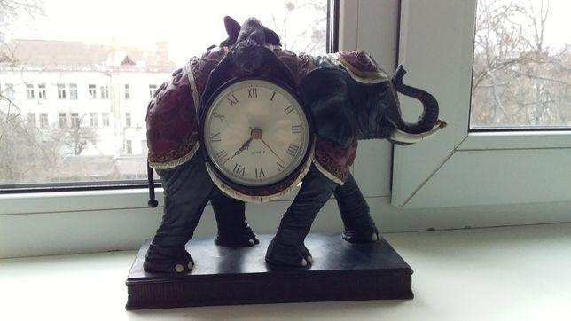 Продам часы под антиквариат