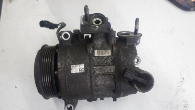 Компрессор кондиционера DG9H-19D629-HD Ford