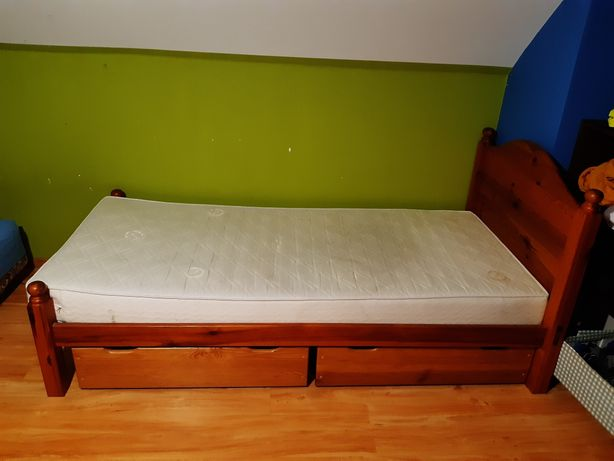Łóżko sosnowe 100cm x 205cm materac 90cm x 200cm