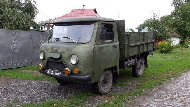 Продам УАЗ 452 Д (бортова платформа)+ ще одна кабина і двоє дверей б/у
