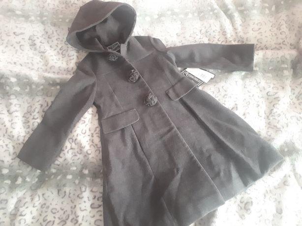 Wełniany płaszcz nowy 6 lat 122-128cm