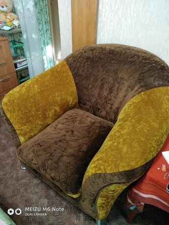 мягкая мебель, кресла.