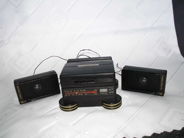 Micro Mini Wieża MODEL 9102 - Stereo - Walkman -  Radio - Budzik