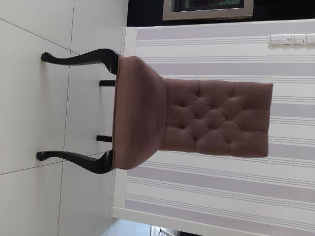 krzeslo pikowane