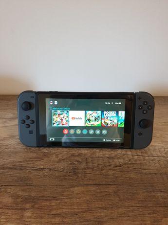 Nintendo Switch + Jogos (Venda ou Trocas Preferencial Series X/S)