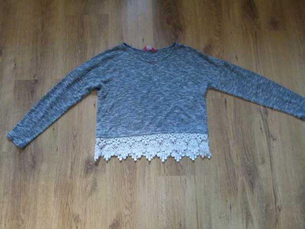 rozm. 152 Primark szary sweterek z ozdobną koronką