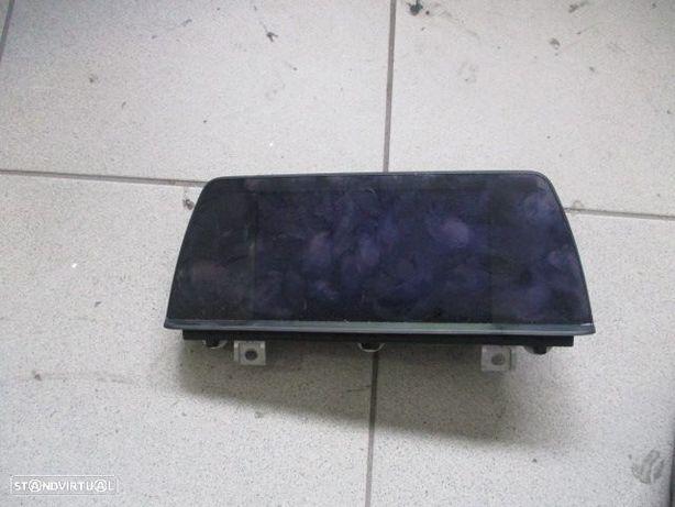 Display/Relogio 1319273Z01 BMW / F20 118D / 2014 / GPS /