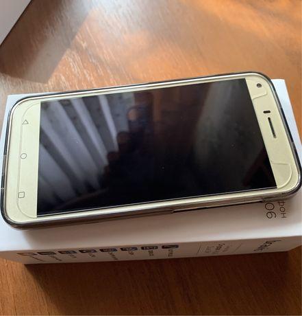 Телефон bravis crystal A506