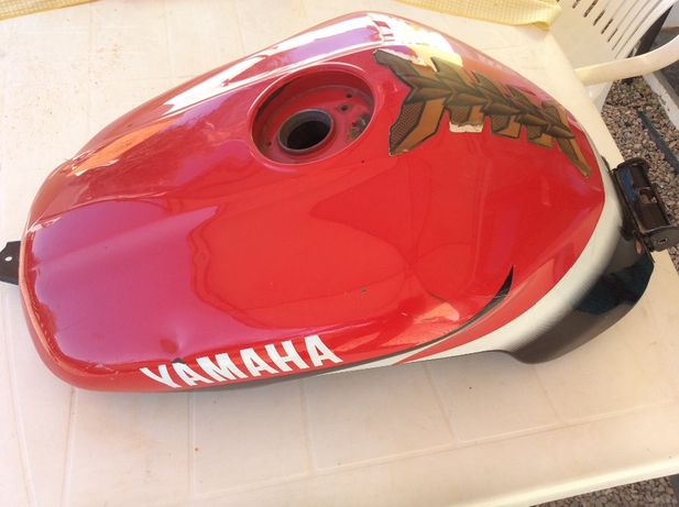 Deposito Yamaha Fazer 2001