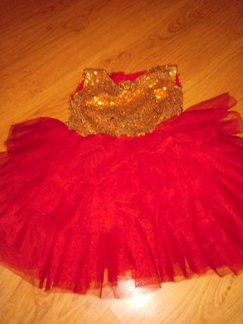 Sukienka ok 1 roku