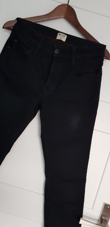 Mustang Sissy Slim czarne jeansy 28/32