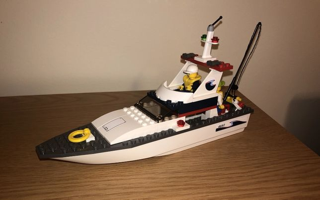 LEGO City 4642 Jacht motorowy