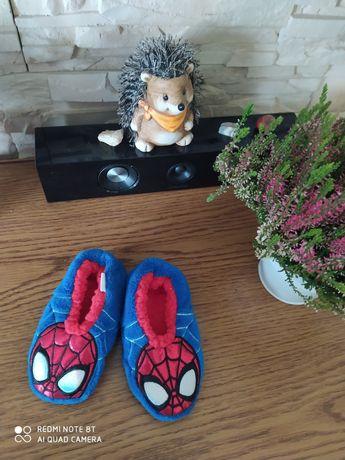 Paputki po domu Spiderman rozm. 24