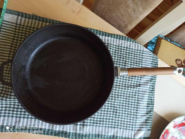 Сковорода чавунна BIOL.Сковорода чугунная литая.