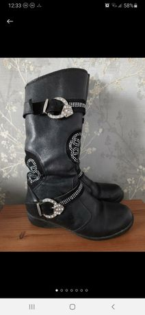 Шкіряні чоботи на цегейці
