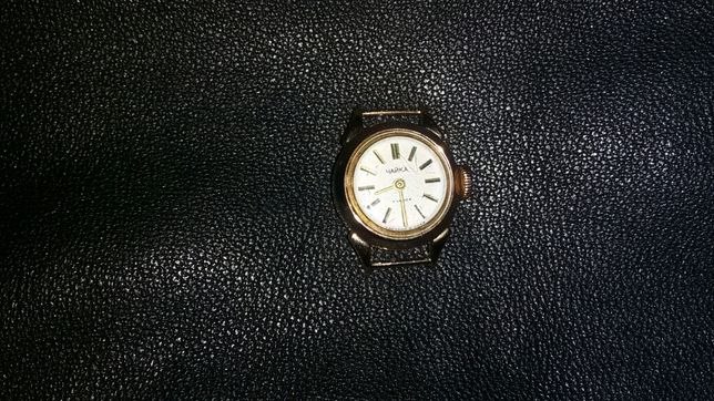 Золотые часы чайка