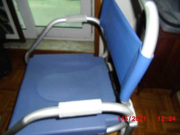 vendo cadeira para banho e wc para pessoas com mobilidade reduzida