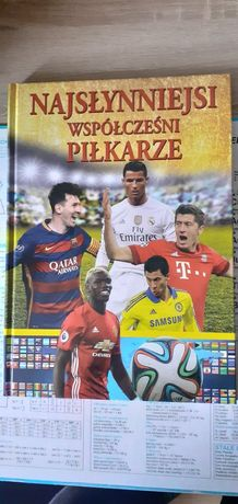 Książka z piłkarzami
