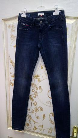 Tommy Hilfiger, джинсы женские подростковые р. 25